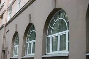 arkveida logi